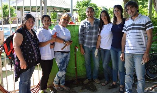 Ellas Hacen realiza las primeras conexiones de agua en Tigre