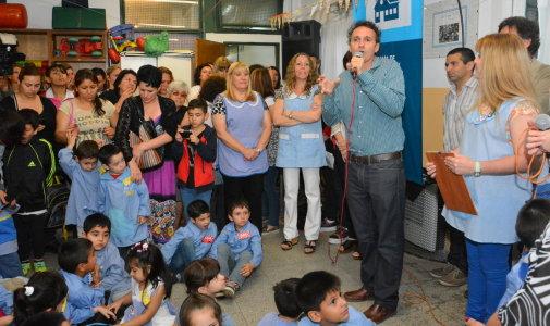 Katopodis inauguró las obras en el jardín 942 y el maternal 1