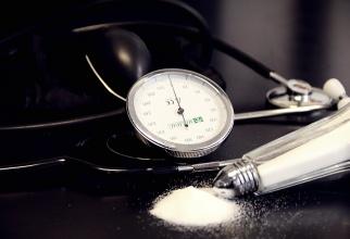 La reducción de un gramo en el consumo de sal evita 2.000 muertes y 13.000 ACV al año