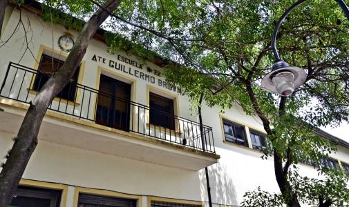 Otra escuela provincial de San Fernando fue asistida por el Municipio con materiales y muebles