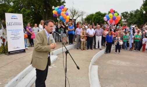 Katopodis celebró los 141 años de Billinghurst junto a los vecinos del barrio