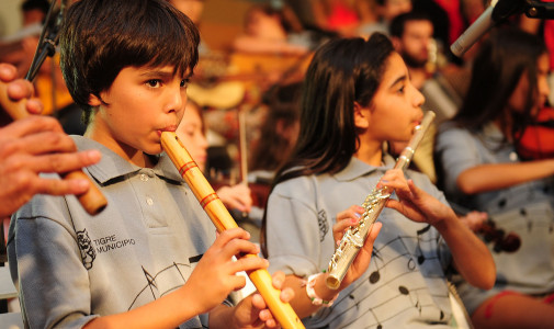 A puro ritmo las Orquestas Infanto Juvenil y Coros de Tigre celebraron el cierre de año